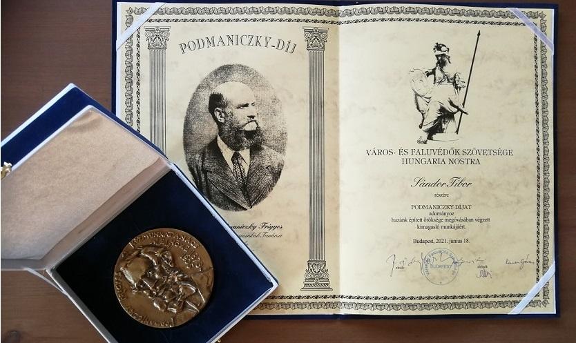 Podmaniczky-díjat kapott Sándor Tibor, a FSZEK Budapest Gyűjtemény vezetője